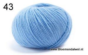 LAMANA Como 43 pastel blue