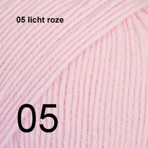 Baby Merino 05 licht roze
