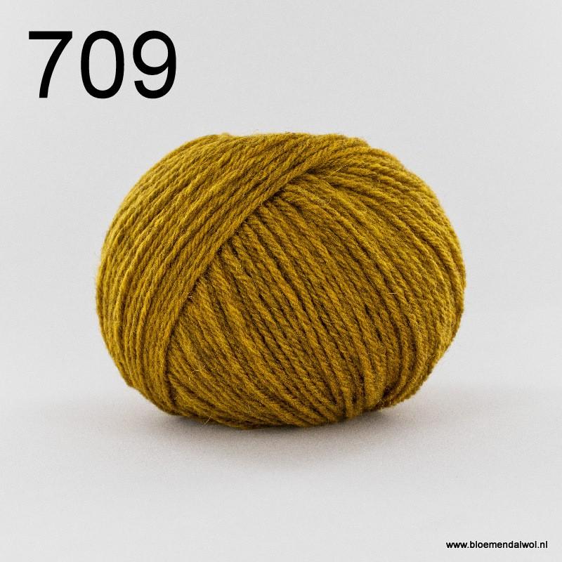 Nimbus 709